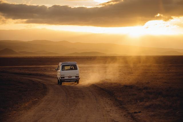 Odjazdy internacjonalne czy musimy podróżować prywatnym środkiem lokomocji?