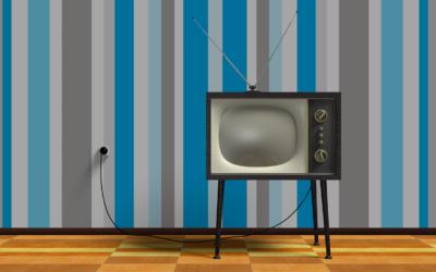 Samotny relaks przed tv, lub niedzielne serialowe popołudnie, umila nam czas wolny oraz pozwala się zrelaksować.